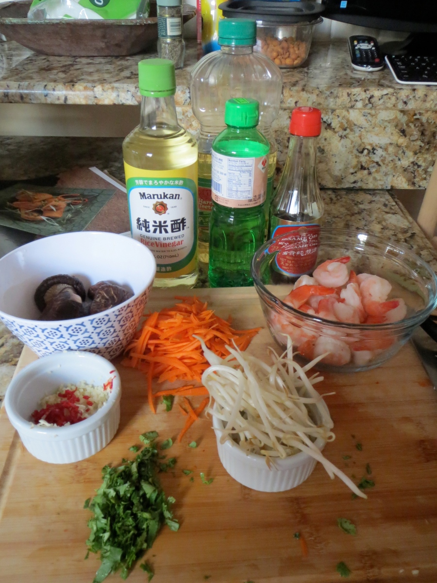 Thai Pork and Shrimp Spring Rolls | lasesana