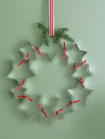 Cookie cutter wreath by goodhousekeeping.com photo by Michel Arnaud