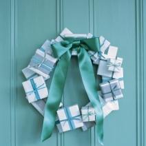 Gift box Wreth by MarthaStewart