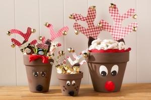 Reindeer Candy Pots by plaidkidscrafts.com